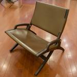 革張りの椅子(2脚)
